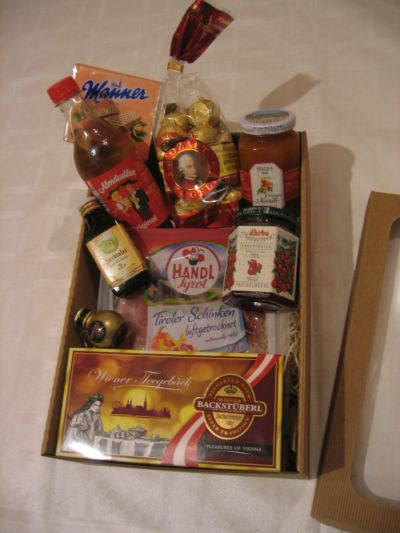 Gift Box Typical Austrian Specialties